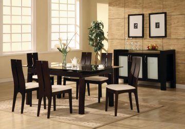 Dine Comfortably with Leather Dining Chairs in Toronto