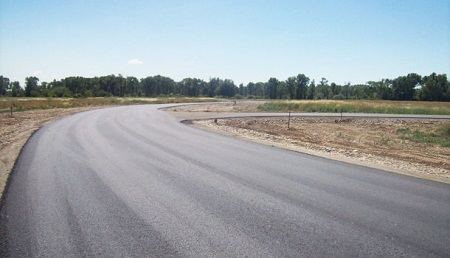 Various Advantages Of Asphalt Roads